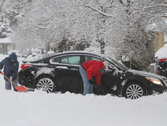 635491669107410024-snow
