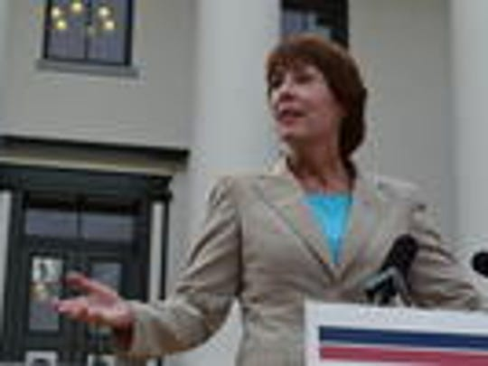 Rep.Gwen Graham sees speaker's resignation as an opportunity for bipartisan cooperation.