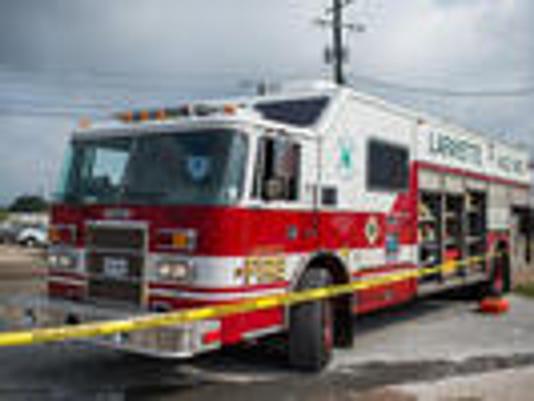 636053923290606313-fire-truck.jpg