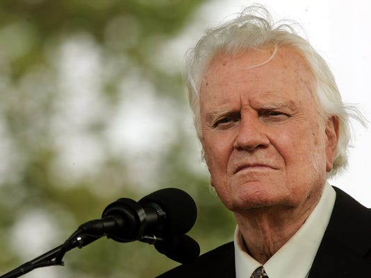 GTY (FILE) BILLY GRAHAM HOSPITALIZED IN NORTH CAROLINA A REL USA NY