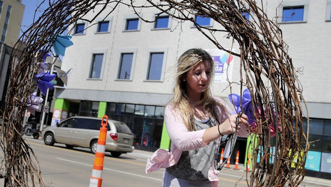 Art on the Town will take place the third Friday of the month May to September in downtown Appleton.