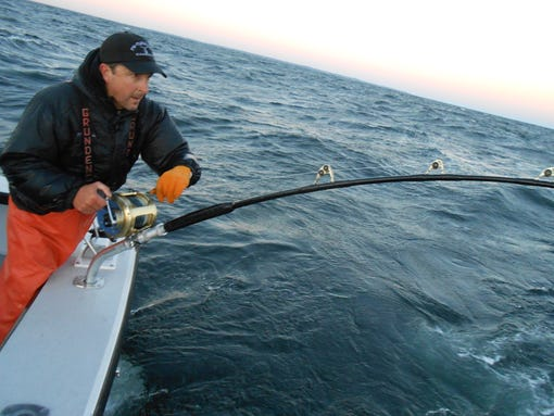 39 wicked tuna 39 stars back for season 3 for Captain dave s fishing