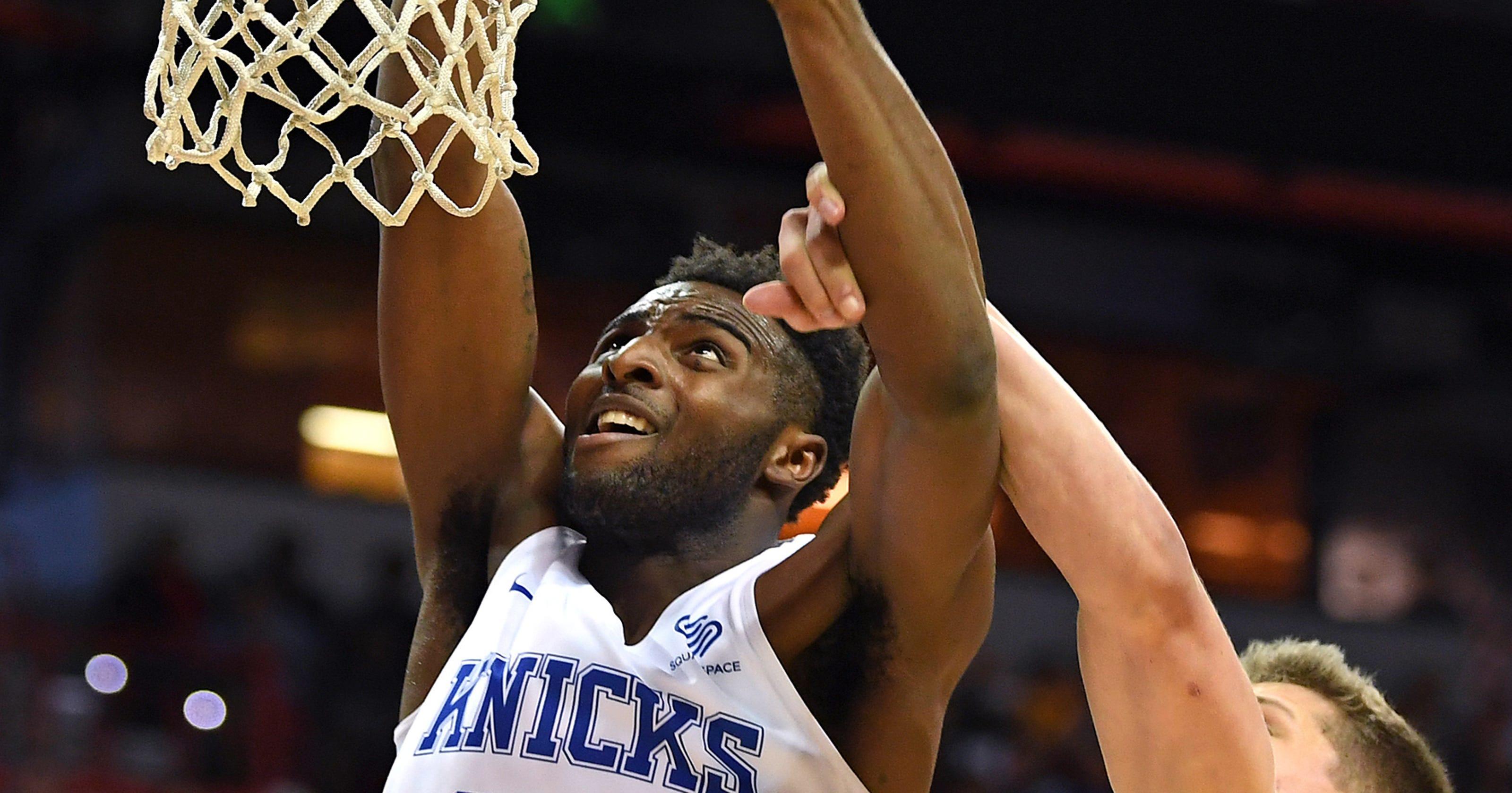 11e2534d137 Pensacola s Robinson inks Knicks contract