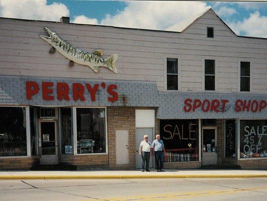 Perrys Sport Shop 10JUN2007.jpg