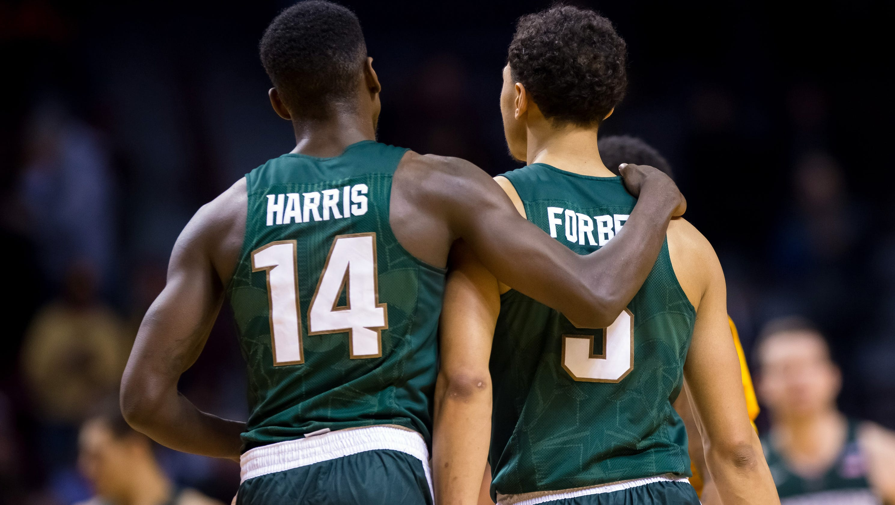 MSU hoops falls from No. 1 to No. 5 in AP poll