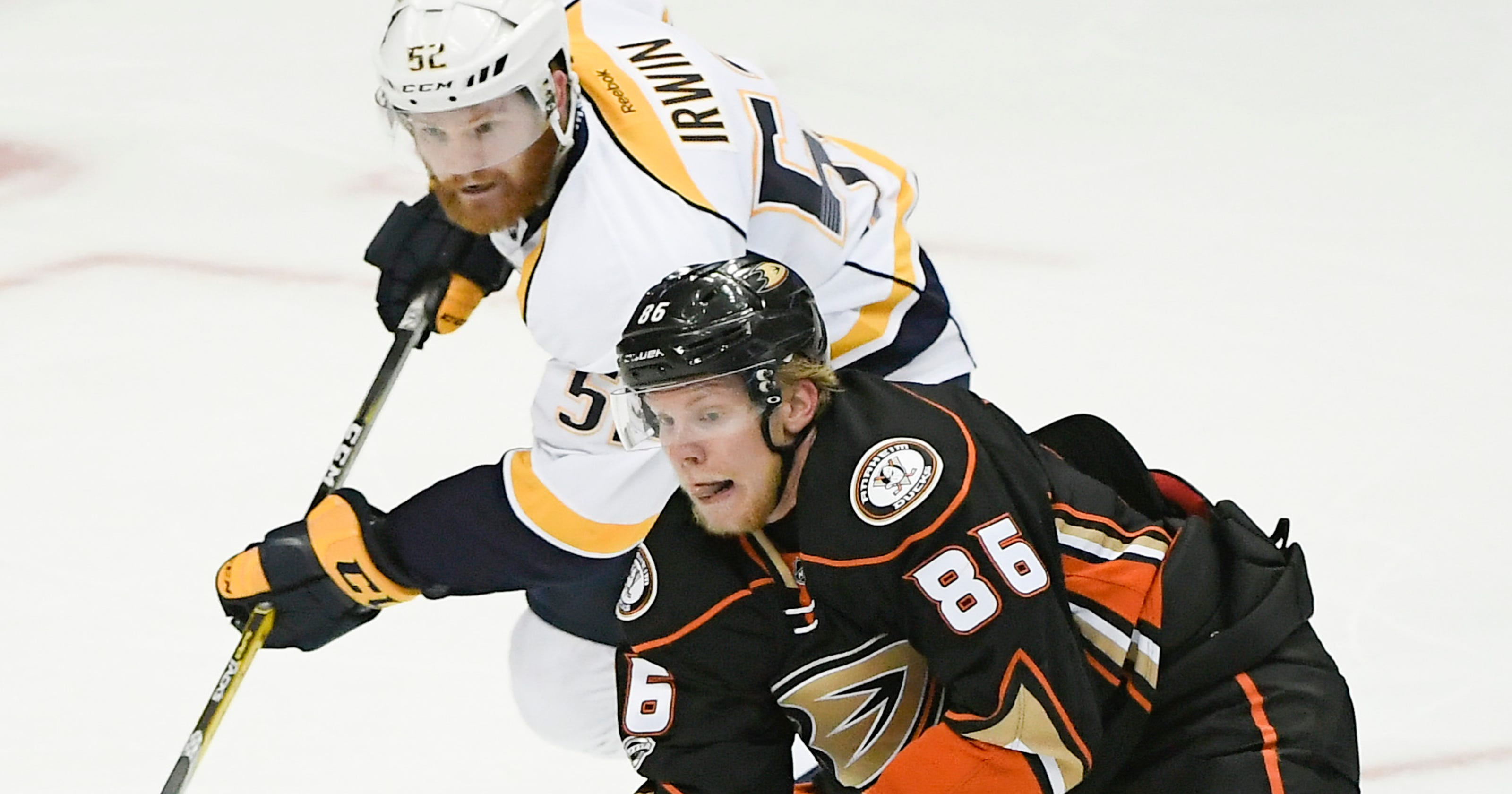 1a20553c5 Ondrej Kase re-signs with Ducks for three years