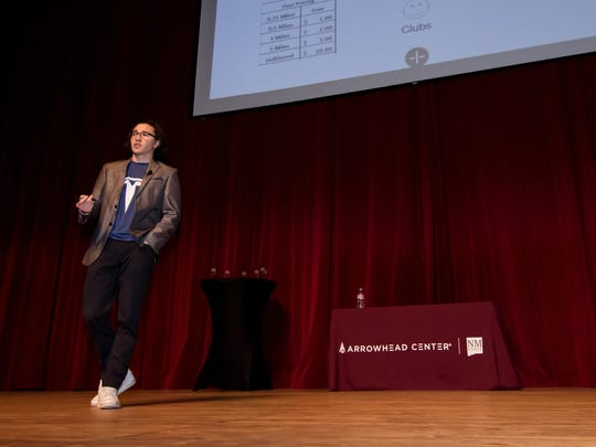 Alexis Cornidez explains his pitch, Maslow, an online platform that connects students and local businesses during the Aggie Shark Tank event on Thursday, Oct. 26, 2017.