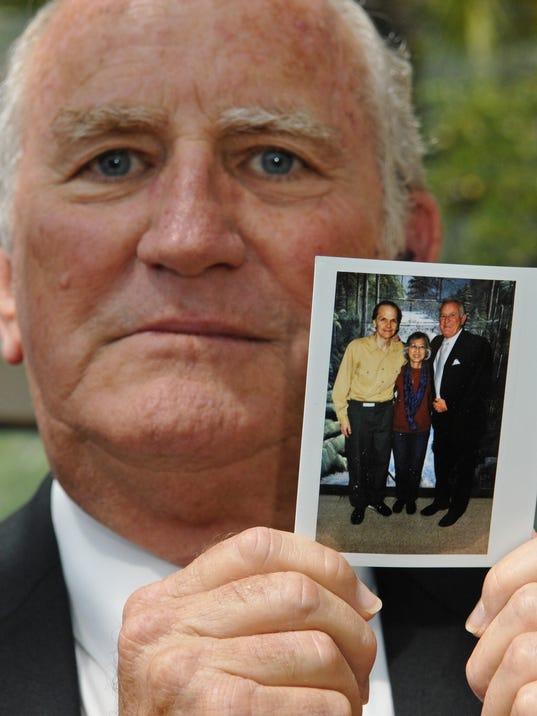 Fla. pastor's book details friendship with Lennon killer
