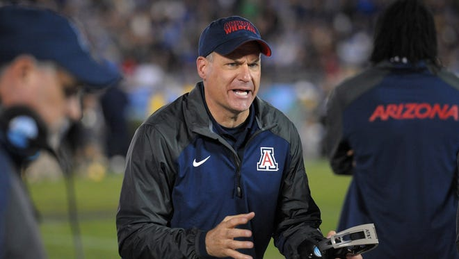 Nov 1, 2014;: Wildcats head coach Rich Rodriguez reacts during the fourth quarter against the UCLA Bruins at Rose Bowl.