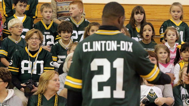 Packer Safety Ha Ha Clinton-Dix talks to students at St. John the Baptist School Tuesday November 4, 2014 in Plymouth.
