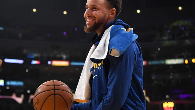 Golden State Warriors guard Stephen Curry will announce the awards for the top girls and boys basketball players of the year at the American-Statesman's All-Centex Preps  awards show on June 18.