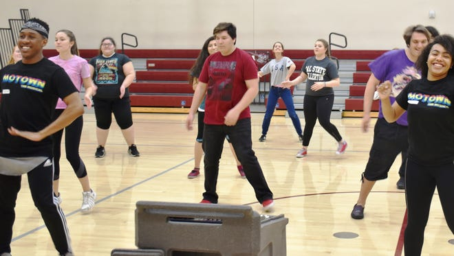 """Two members of a touring production of """"Motown the Musical"""" provide a glimpse at what goes into musical theater for Coachella Valley performing arts students."""