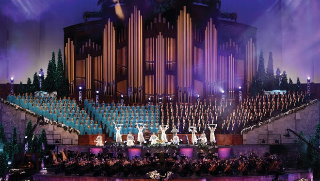 The Mormon Tabernacle Choir ushers in the holidays.