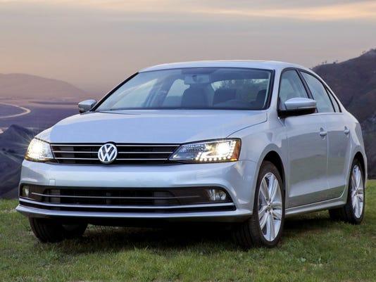 635622230889961325-2015-Volkswagen-Jetta-sedan