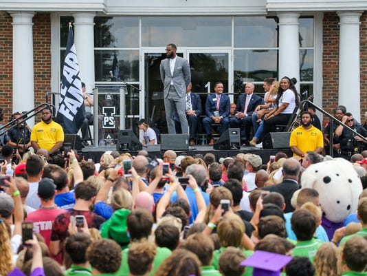 "LeBron James Opens ""I PROMISE"" School"