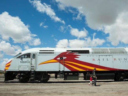 04292017-RailRunnerinLasCruces-2.jpg