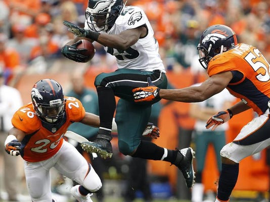 sportsfbn-eagles-broncos21pd.jpg