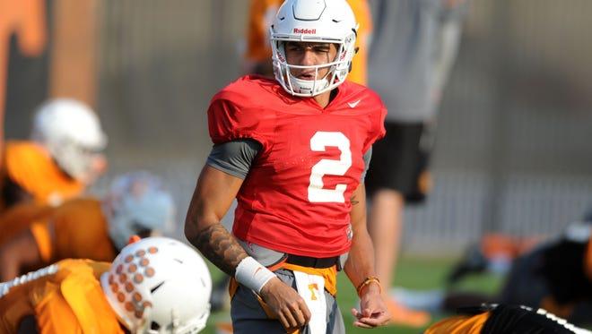 Tennessee quarterback Jarrett Guarantano calls a play during practice on Nov. 1.