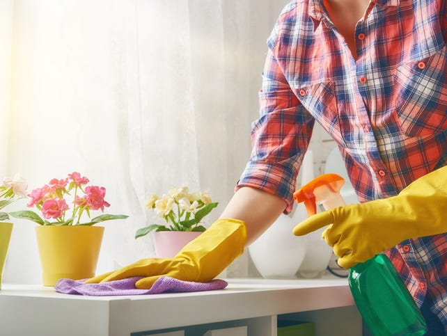 Need a clean house? No time to do it yourself? Enter to win a $275 DeluxeMaid gift card. 3/13-4/9