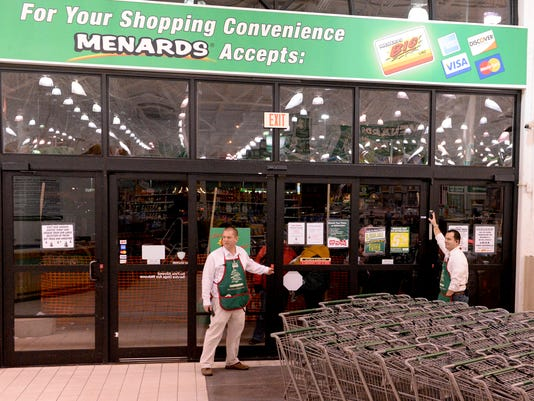 635527691022200008-MAN-n-Black-Friday-Menards-15