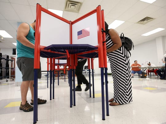 Voters casted their primary ballots at the Dawson Orman Education Center on South Floyd Street.May 22, 2018