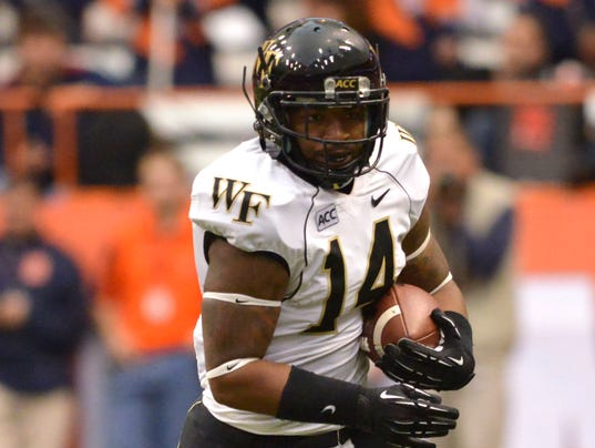 2014-Wake-Forest-at-Syracuse__1224
