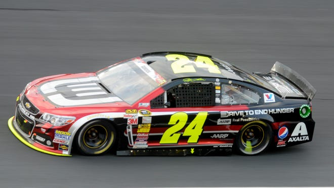The AARP and the 'Drive to End Hunger' campaign will return as primary sponsor for 13 races with Jeff Gordon and the No. 24 Chevrolet in 2015.
