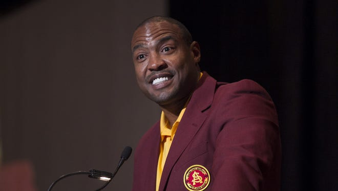 Darren Woodson starred not only as a between-the-tackles, bruising running back, but as a hard-hitting linebacker on those great Maryvale teams coached by Buck Holmes.