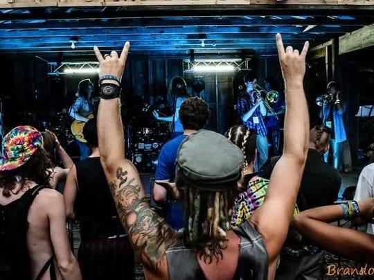 Fans at a Dirtfoot concert.