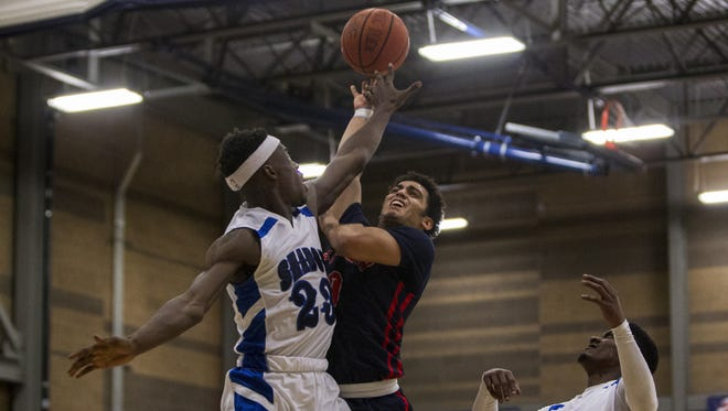 Las Vegas Findlay Prep's Markus Howard (0) goes up for a layup against Shadow Mountain in the first quarter during the Desert Challenge on Friday, Dec. 11, 2015 at Rancho Solano Preparatory High School in Scottsdale, Ariz.