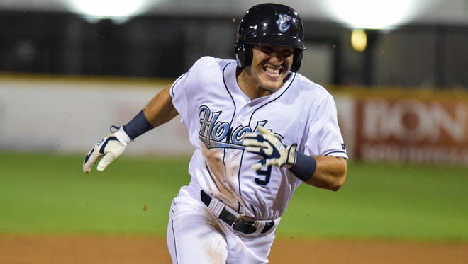 Hooks' outfileder Ramon Laureano sprints home to score in the bottom of the sixth innning on Monday, April,17, 2017 at Whataburger Field.