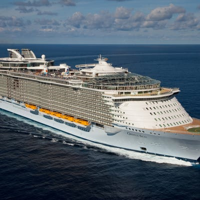 Cruise Ship Tours Royal Caribbean39s Oasis Of The Seas