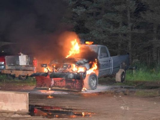 636015259482569847-Crimestoppers-Midway-Auto-Plow-truck-found-on-fire.jpg