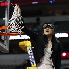 Dawn Staley would accept invitation to White House to meet President Trump