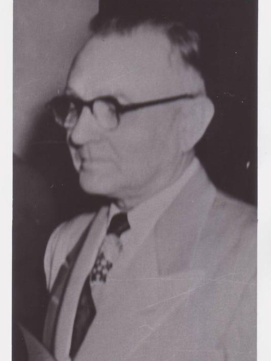 Registrar of Votes Eraste Landry 1949.jpg