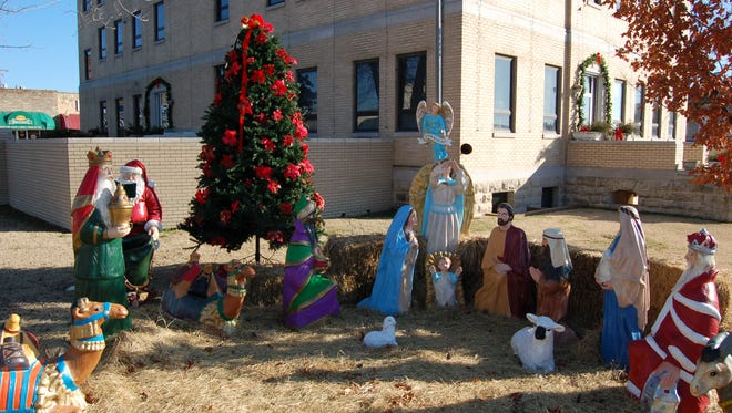 Baxter County Quorum Court members unanimously approved using the nativity scene at the courthouse again this year, but this time accompanied by a public disclaimer.