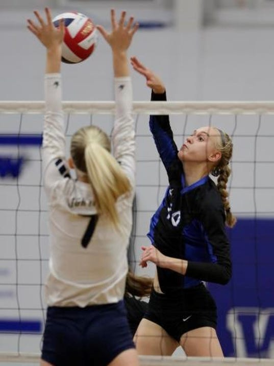 636432721504467502-OSH-Oshkosh-West-v-Appleon-North-Volleyball-101017-JS-0543B.jpg