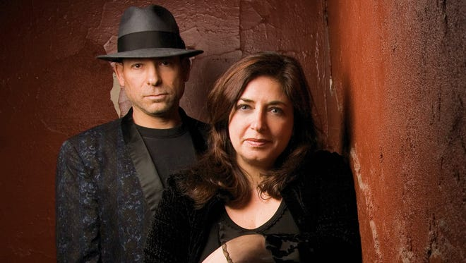 The Twangtown Paramours — Mike T. Lewis and MaryBeth Zamer — will perform Saturday at 6 On The Square in Oxford.