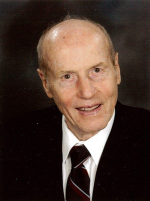John (Jack) Linge, 84, passed away surrounded by his Family on November 16, 2014.