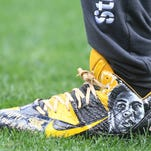 Steelers' Brown donating Ali cleats to Central