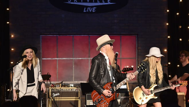 NASHVILLE, TN - MAY 24: (L-R) Musician ZZ Ward, musician Billy Gibbons and singer-songwriter, Orianthi perform during Skyville Live presents Billy Gibbons with Frankie Ballard, Orianthi, ZZ Ward and Mike Henderson on May 24, 2016 in Nashville, Tennessee.  (Photo by John Shearer/Getty Images for Skyville Live) *** Local Caption *** ZZ Ward;Billy Gibbons;Orianthi