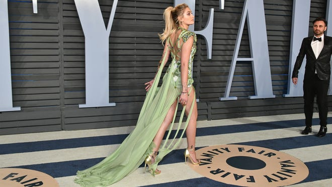 Paris Jackson attends the 2018 Vanity Fair Oscar Party on March 4, 2018 in Beverly Hills.