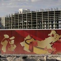 Las Vegas, Asian investors bet on Chinese tourism