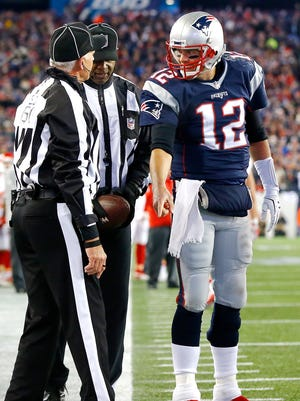 Does Patriots QB Tom Brady try to draw calls from officials?