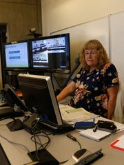 Diné College instuctor Juanita Farley teaches a personal finance class on Sept. 15 at the school's Shiprock campus.