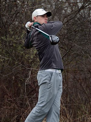 Howell's Mike Kee shot 75 to place sixth in the Wayne Wire Golf Tournament.