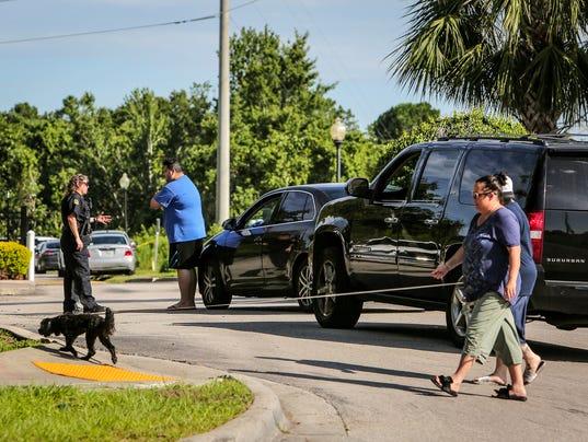 AP OFFICER SHOT-ORLANDO A USA FL