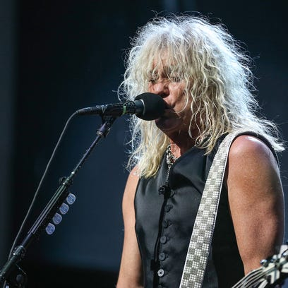 Def Leppard, Poison keep the '80s rolling at Klipsch