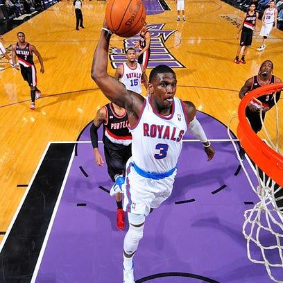 Jermaine Taylor slams home a dunk for the Sacramento