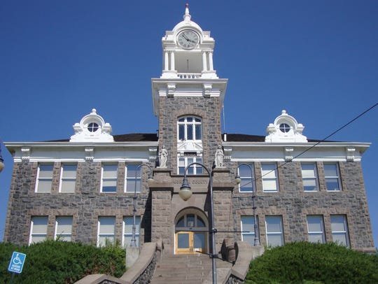 This is the Morrow County, courthouse in Heppner Oregon.